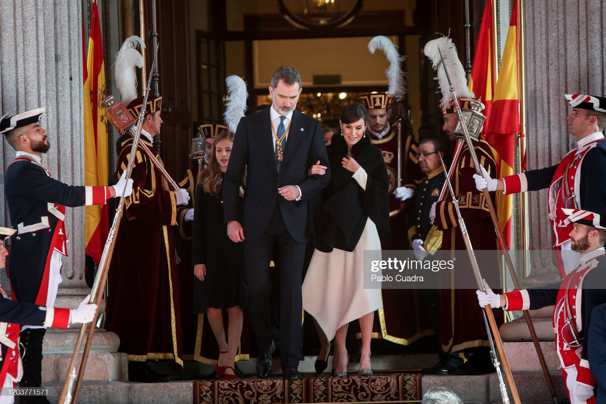 https://media.gettyimages.com/photos/king-felipe-vi-of-spain-queen-letizia-of-spain-and-princess-leonor-of-picture-id1203771571?s=2048x2048