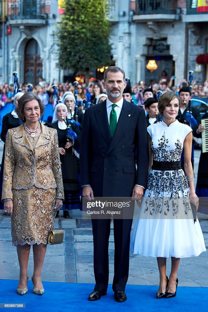 King Felipe VI of Spain (C), Queen Letizia of Spain (R) and Queen Sofia (L) attend the Princesa de Asturias Awards 2017 ceremony at the Campoamor Theater on October 20, 2017 in Oviedo, Spain.