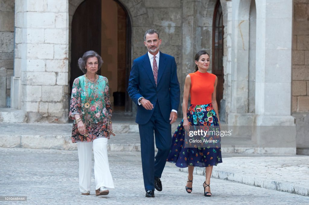 King Felipe VI of Spain (C), Queen Letizia of Spain (R) and Queen Sofia (L) host a dinner for authorities at the Almudaina Palace on August 3, 2018 in Palma de Mallorca, Spain.