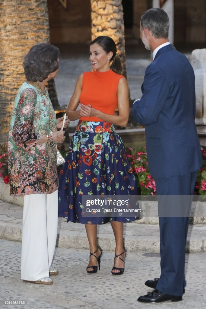 Spanish Royals Host A Dinner For Authorities In Palma De Mallorca