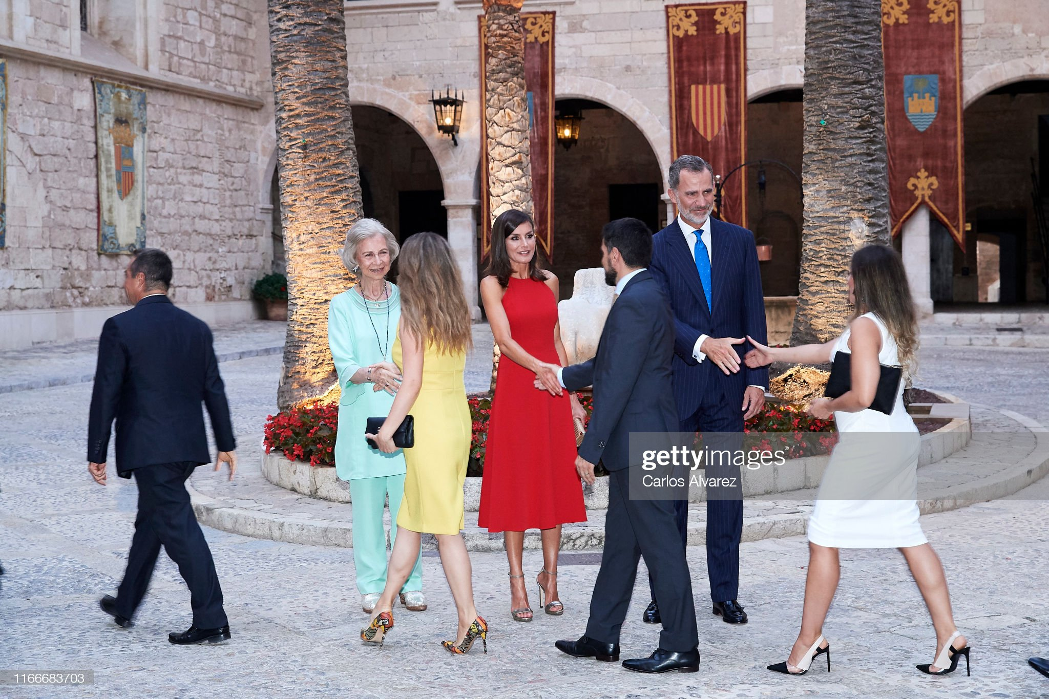 https://media.gettyimages.com/photos/king-felipe-vi-of-spain-queen-letizia-of-spain-and-queen-sofia-host-a-picture-id1166683703?s=2048x2048