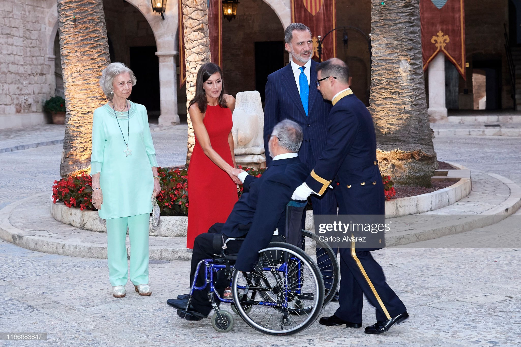 https://media.gettyimages.com/photos/king-felipe-vi-of-spain-queen-letizia-of-spain-and-queen-sofia-host-a-picture-id1166683847?s=2048x2048