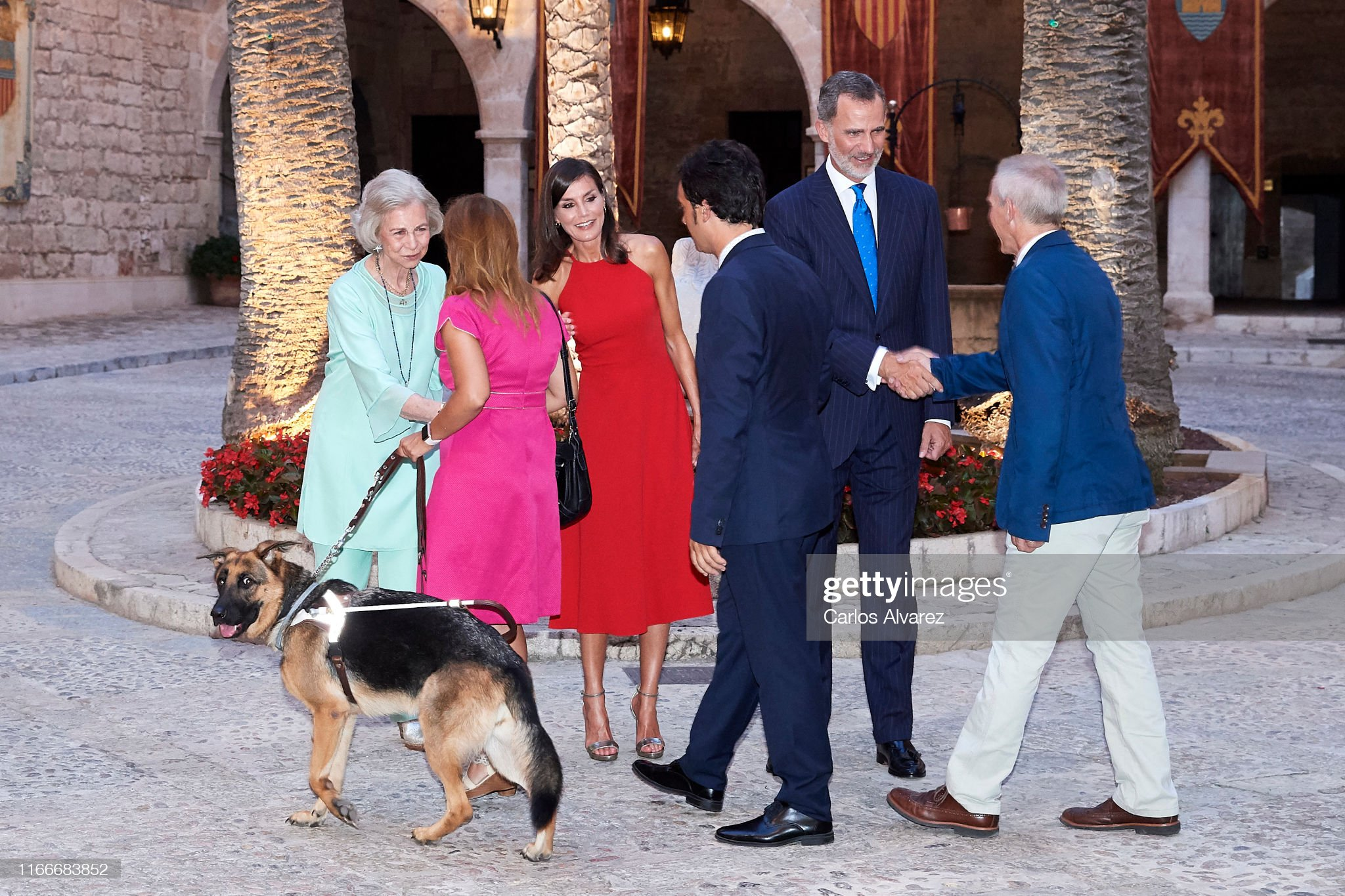 https://media.gettyimages.com/photos/king-felipe-vi-of-spain-queen-letizia-of-spain-and-queen-sofia-host-a-picture-id1166683852?s=2048x2048