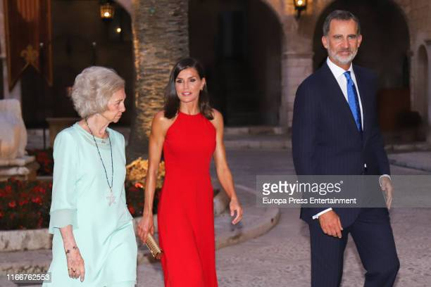 King Felipe VI of Spain Queen Letizia of Spain and Queen Sofia host a dinner for authorities at the Almudaina Palace on August 07 2019 in Palma de...