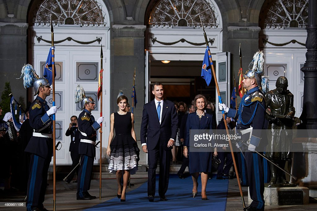 King Felipe VI of Spain (C), Queen Letizia of Spain (L) and Queen Sofia (R) leave the Campoamor Theater after the Princess of Asturias Award 2015 ceremony on October 23, 2015 in Oviedo, Spain.