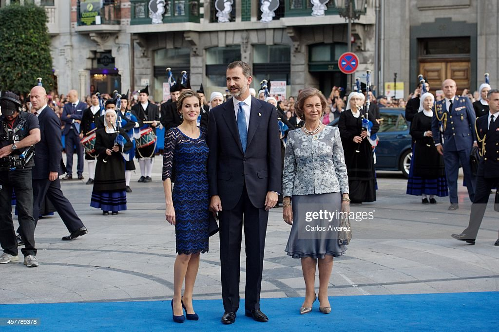 King Felipe VI of Spain (C), Queen Letizia of Spain (L) and Queen Sofia of Spain attend the Principe de Asturias Awards 2014 ceremony at the Campoamor Theater on October 24, 2014 in Oviedo, Spain.