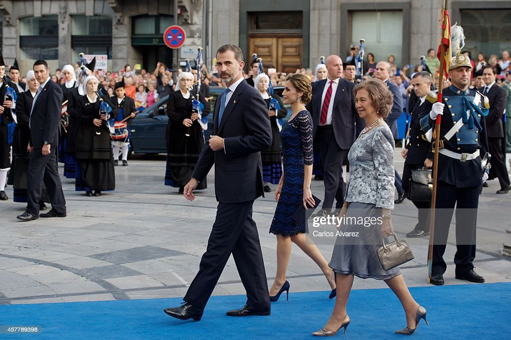 King Felipe VI of Spain (L), Queen Letizia of Spain (C) and Queen Sofia of Spain (R) attend the Principe de Asturias Awards 2014 ceremony at the Campoamor Theater on October 24, 2014 in Oviedo, Spain.