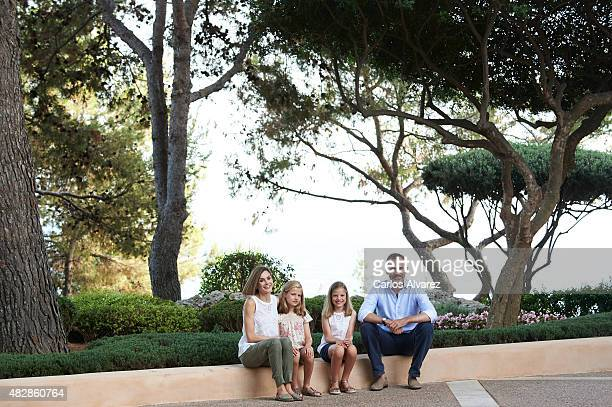 King Felipe VI of Spain, Queen Letizia of Spain and their daugthers Princess Leonor of Spain and Princess Sofia of Spain pose for the photographers...