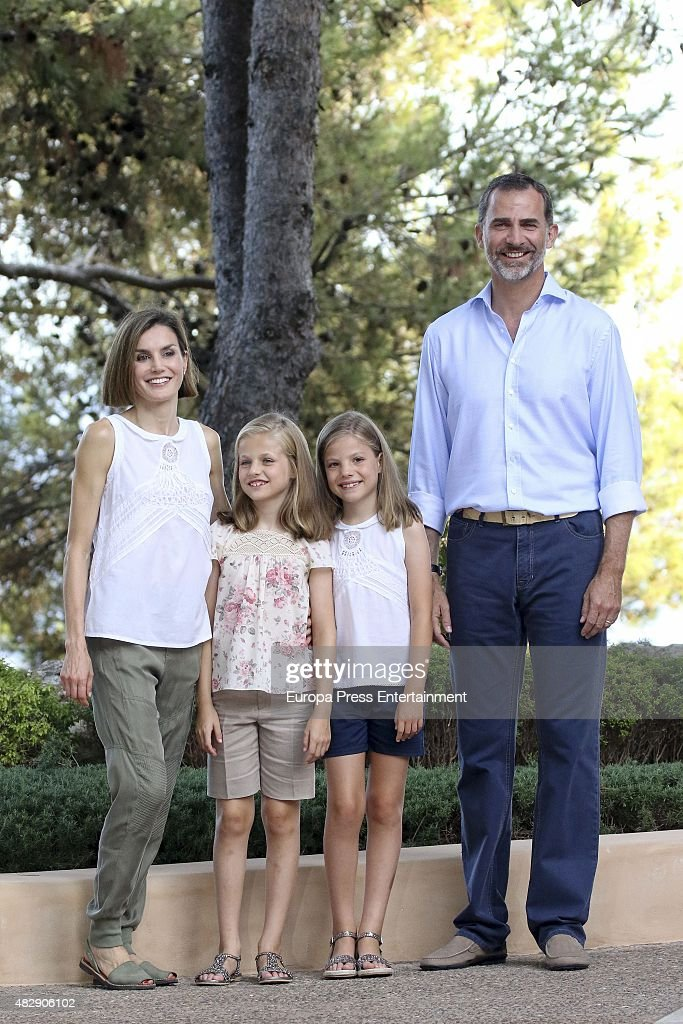 King Felipe VI of Spain, Queen Letizia of Spain and their daugthers Princess Leonor of Spain (L) and Princess Sofia of Spain (R) pose for the photographers at the Marivent Palace on August 3, 2015 in Palma de Mallorca, Spain.