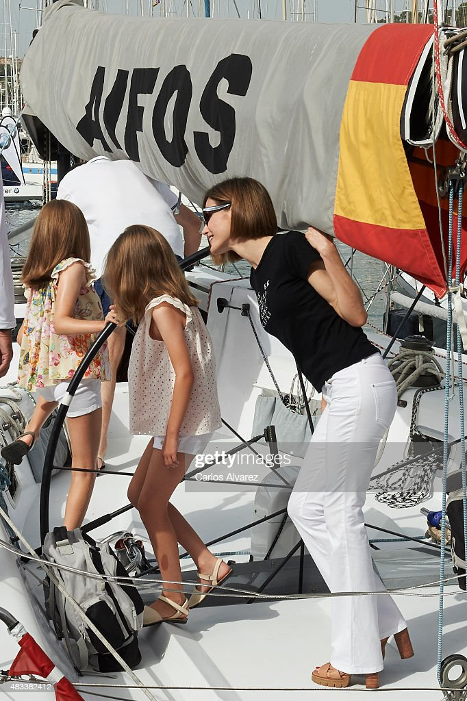 King Felipe VI of Spain, Queen Letizia of Spain and their daugthers Princess Leonor of Spain (L) and Princess Sofia of Spain (R) visit the Aifos boat during the last day of 34th Copa del Rey Mapfre Sailing Cup on August 8, 2015 in Palma de Mallorca, Spain.