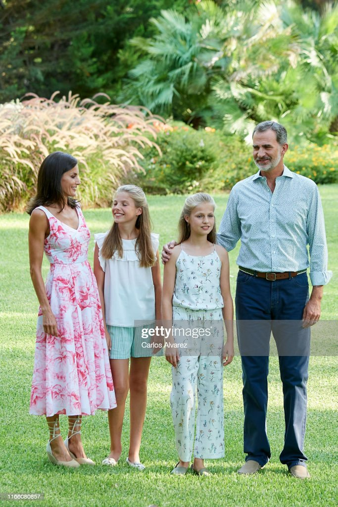 Spanish Royals Summer Photocall In Palma de Mallorca : News Photo