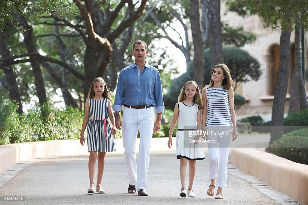 King Felipe VI of Spain, Queen Letizia of Spain, Princess Leonor of Spain (R) and Princess Sofia of Spain (L) poses for the photographers at the Marivent Palace on August 4, 2016 in Palma de Mallorca, Spain.