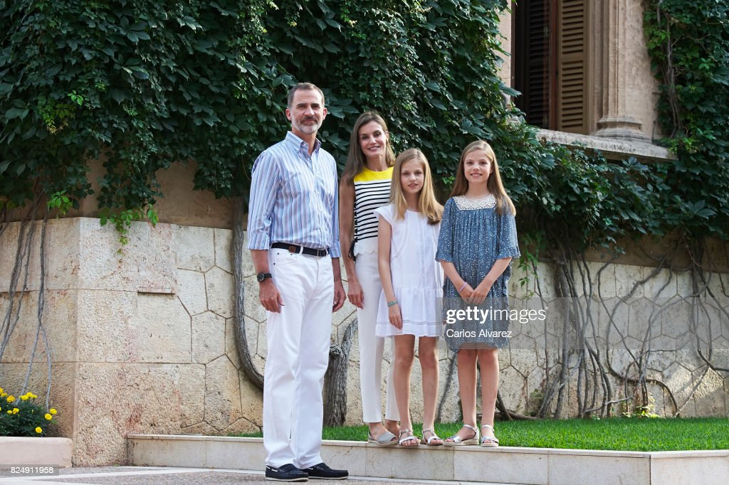 King Felipe VI of Spain, Queen Letizia of Spain, Princess Leonor of Spain (L) and Princess Sofia of Spain (R) pose for the photographers during the summer photocall at the Marivent Palace on July 31, 2017 in Palma de Mallorca, Spain.