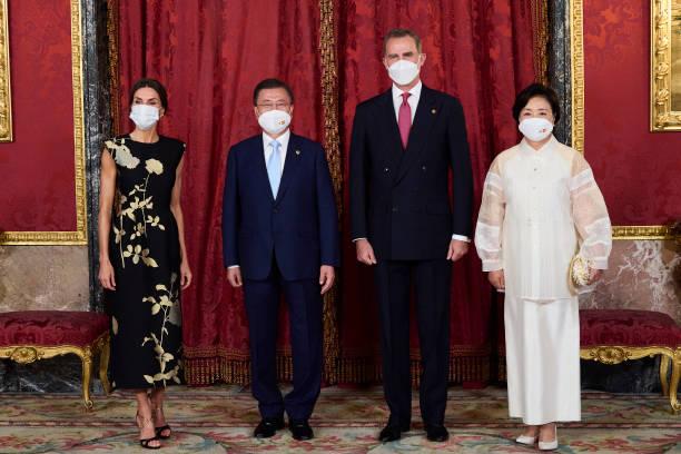 ESP: Spanish Royals Host A Dinner For President Of South Corea