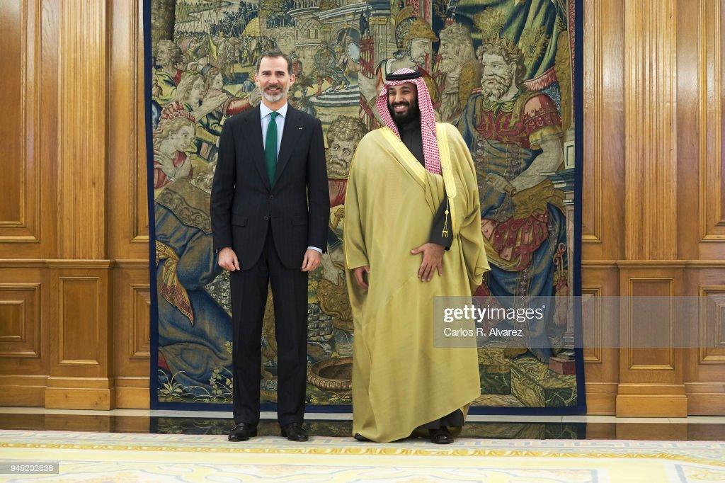 King Felipe VI of Spain (L) receives Crown Prince Mohammad bin Salman bin Abdulaziz Al Saud of Saudi Arabia (R) at Zarzuela Palace on April 12, 2018 in Madrid, Spain.