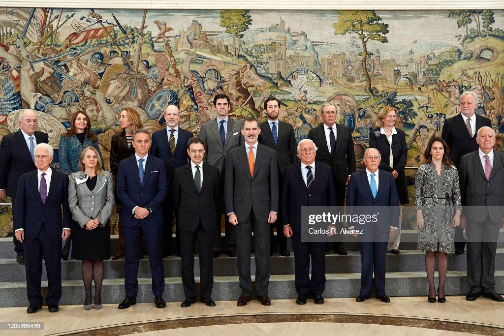 King Felipe Of Spain Attends Audiences At Zarzuela Palace : Fotografía de noticias