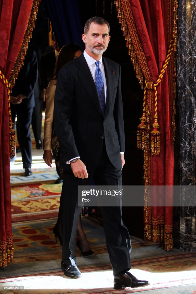 Spanish Royals Host Official Lunchf For Ecuador's President and His Wife