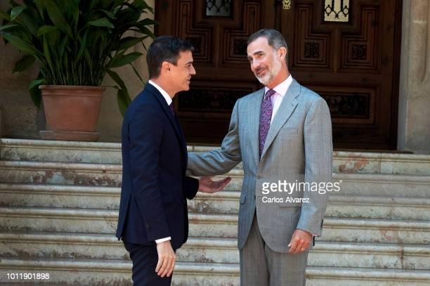 King Felipe VI of Spain receives prime minister Pedro Sanchez at Marivent Palace on August 6 2018 in Palma de Mallorca Spain