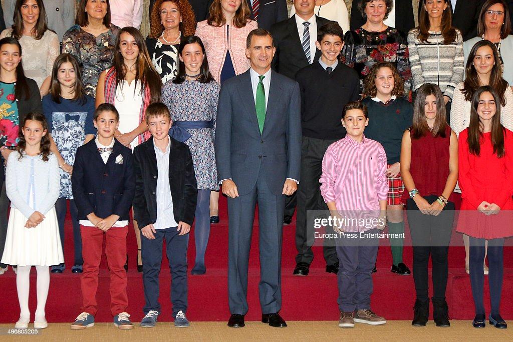 King Felipe VI Of Spain Receives 'Que Es Un Rey Para Ti' Competition Winners : News Photo