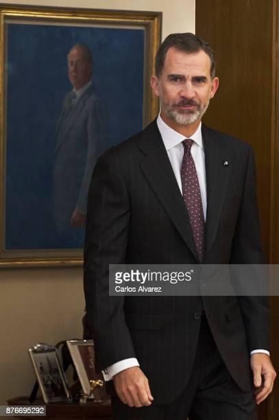 King Felipe VI of Spain reveives Palestinian President Mahmoud Abbas at the Zarzuela Palace on November 20 2017 in Madrid Spain