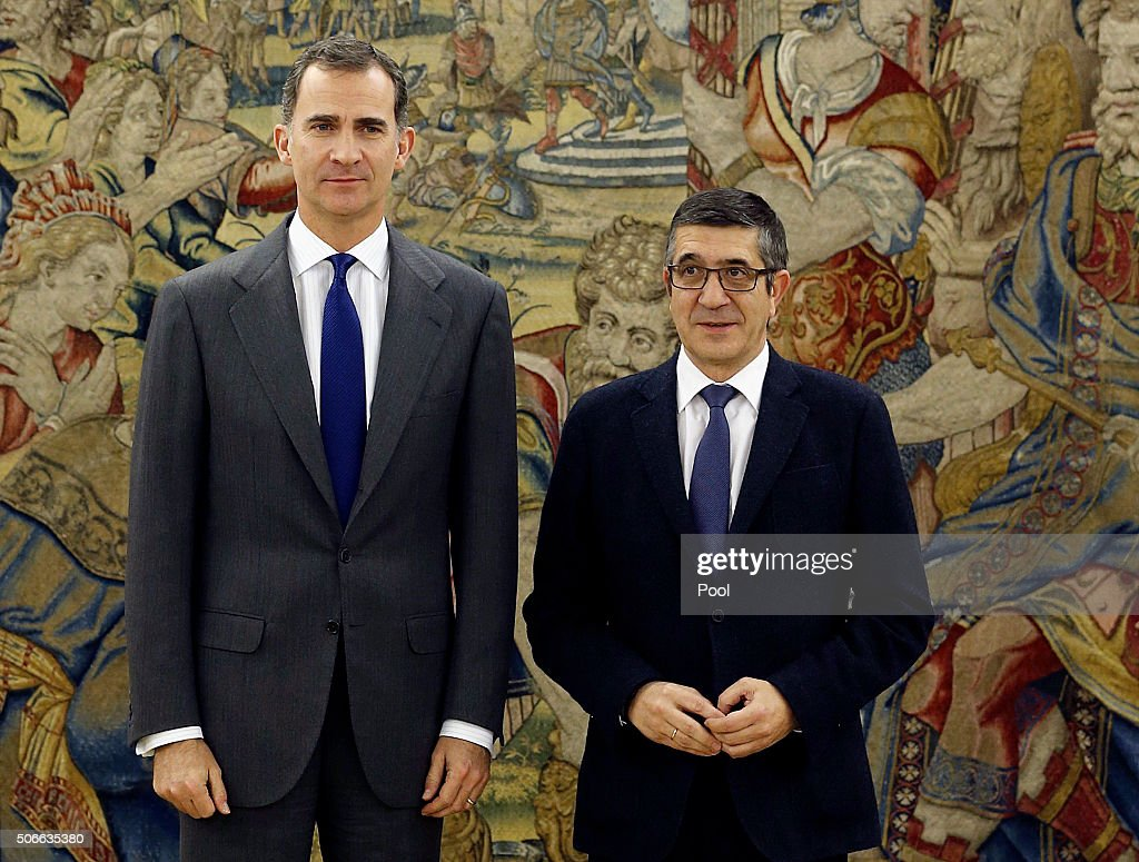 King Felipe of Spain Meets Prime Minister and leader of the PP , Mariano Rajoy : News Photo