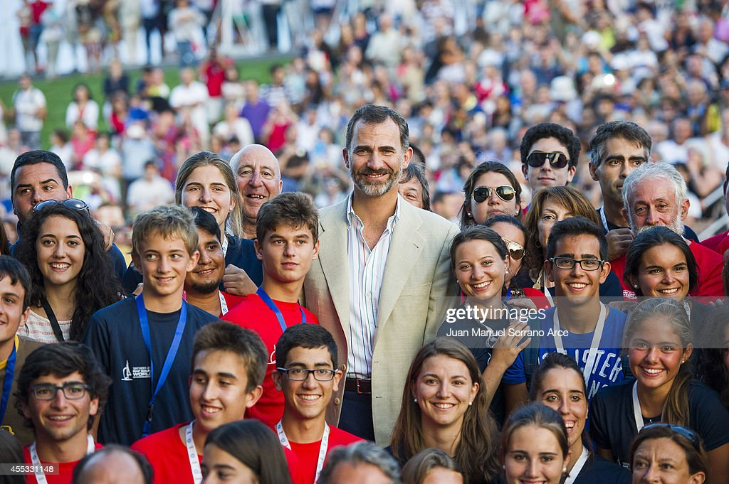 King Felipe VI of Spain Meets Organizers Of World Sailing Championship in Santander : News Photo