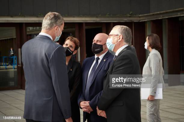 King Felipe VI; the secretary general of the PSN, Maria Chivite and the delegate of the Government of Spain in Navarre, Jose Luis Aristi, on his...