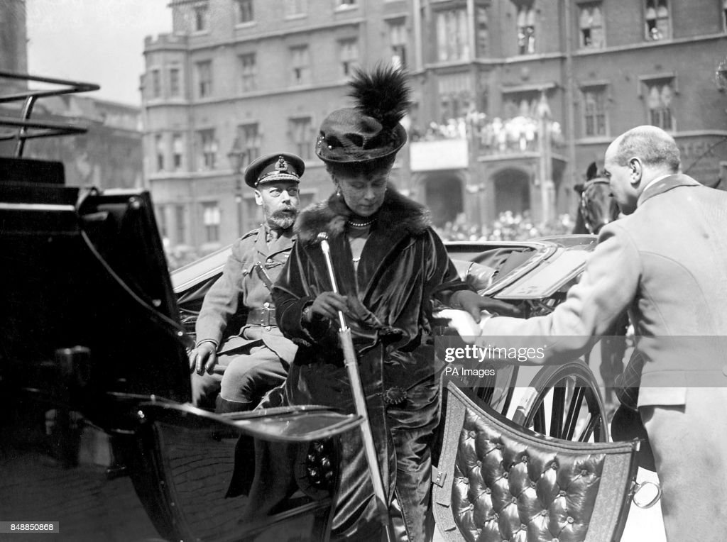 World War One - British Royalty - Westminster Abbey : News Photo