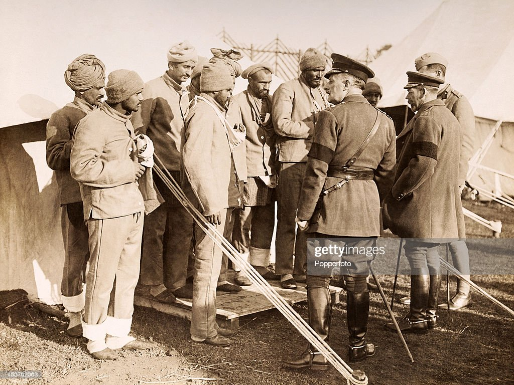 King George V Visits Wounded Sikhs - World War One : News Photo