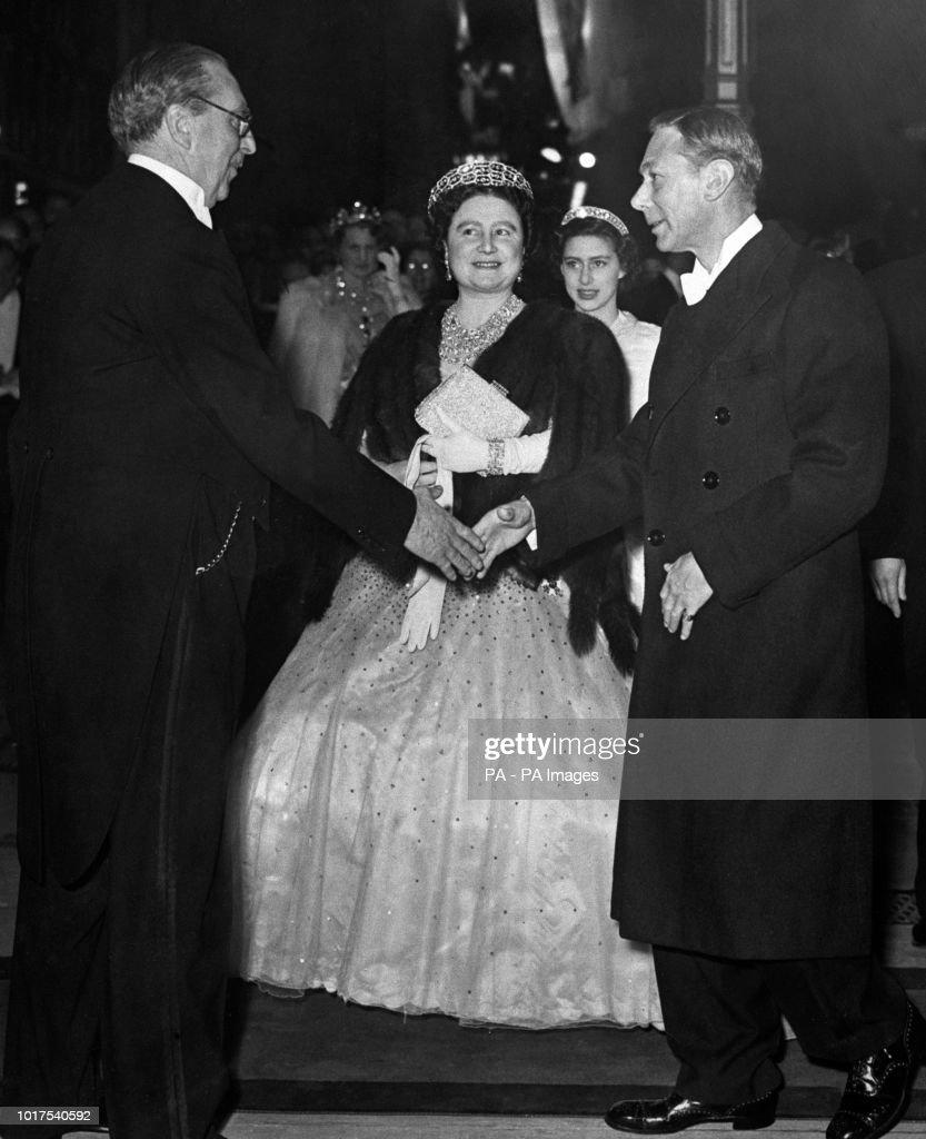 Queen Juliana and Prince Bernhard State Visit to the UK - Claridge's : News Photo