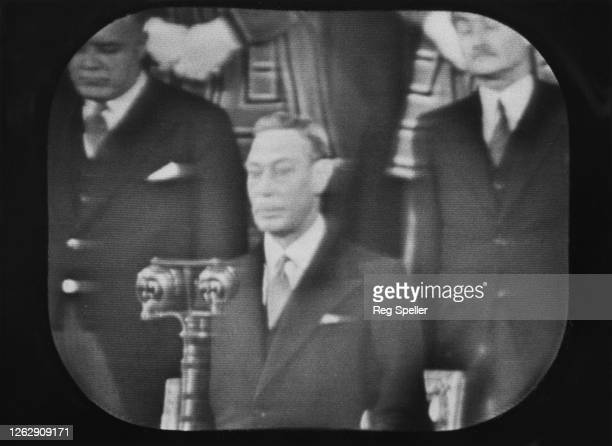 King George VI makes a speech in Westminster Hall in London during the ceremonial handing over of the new Chamber of the House of Commons 26th...