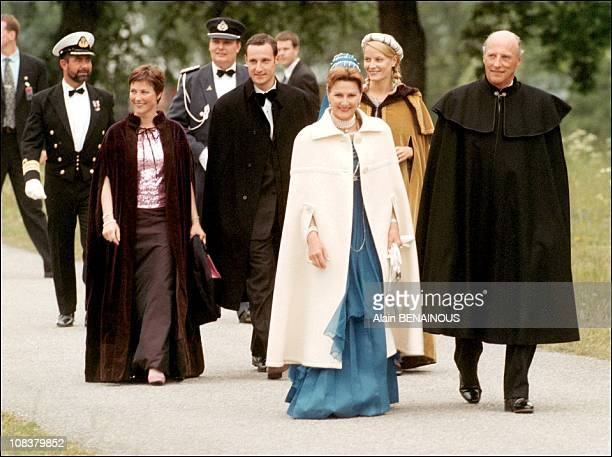 King Harald and Queen Sonja in Sweden on June 18 2001