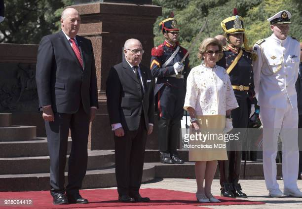 King Harald of Norway, Argentina's Foreign Affairs Minister Jorge Faurie and Queen Sonja of Norway attend a ceremony honouring Jose de San Martin at...