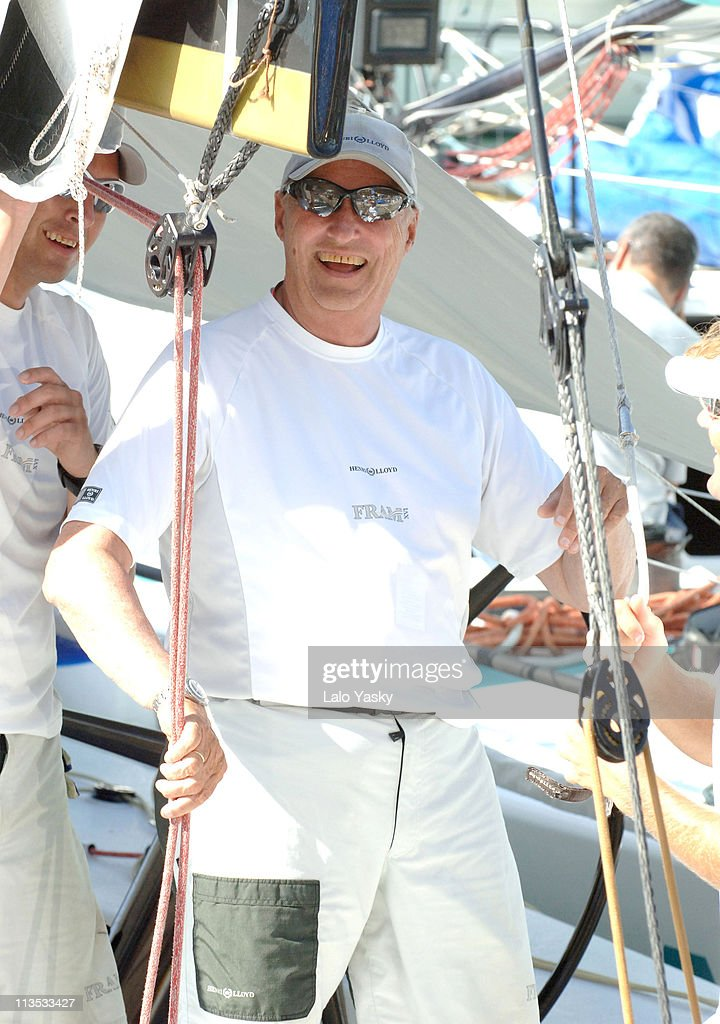 "King Harald of Norway on Board of the ""Fram"" During the First Day of the Breitling Sailing Trophy in Mallorca - July 20, 2006 : Nachrichtenfoto"