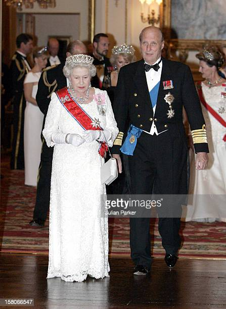 King Harald Queen Sonja Crown Prince Haakon Crown Princess MetteMarit Of Norway Visit The United KingdomBanquet At Buckingham Palace With Queen...