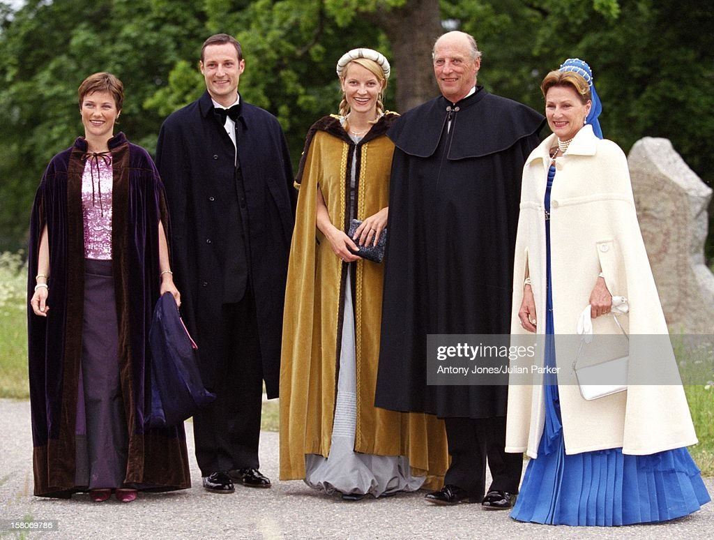 King Harald, Queen Sonja, Crown Prince Haakon, Crown Princess Mette-Marit & Princess Martha Louise Of Norway Attend A Performance At Gripsholm Castle During The Celebrations For King Carl Gustav & Queen Silvia Of Sweden'S 25Th Wedding Anniversary. .