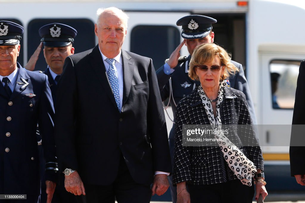 CHL: Norwegian King Harald V and Queen Sonja Visit Chile - Day 1