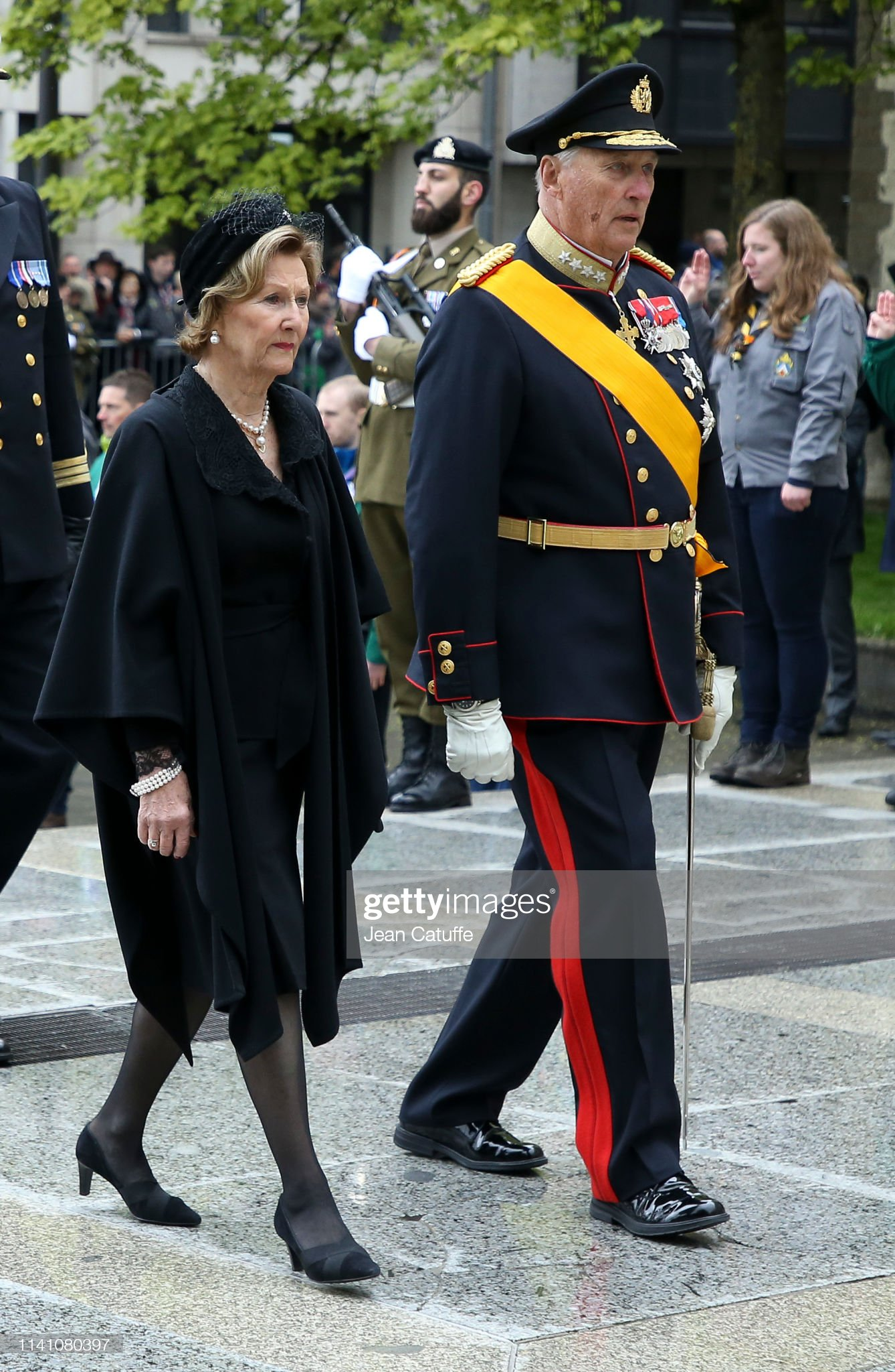 Похороны Великого Герцога Жана https://media.gettyimages.com/photos/king-harald-v-of-norway-and-queen-sonja-of-norway-arrive-for-the-of-picture-id1141080397?s=2048x2048