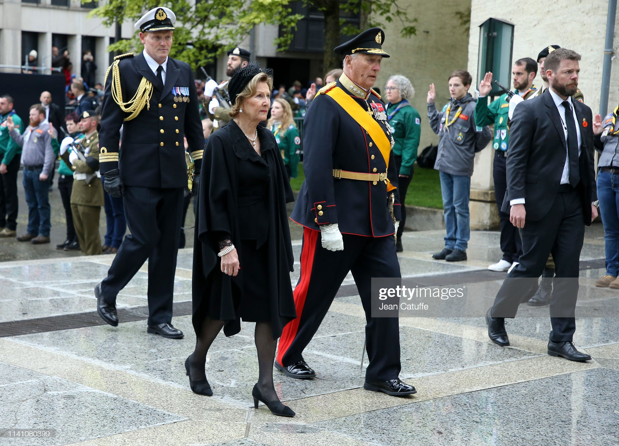Похороны Великого Герцога Жана https://media.gettyimages.com/photos/king-harald-v-of-norway-and-queen-sonja-of-norway-arrive-for-the-of-picture-id1141080399?s=2048x2048