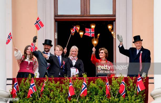 King Harald V of Norway Queen Sonja of Norway Crown Prince Haakon of Norway Crown Princess MetteMarit of Norway Princess Ingrid Alexandra and Prince...