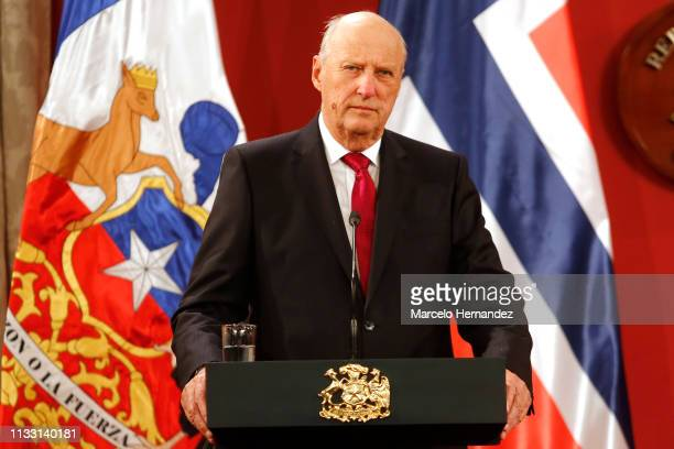 King Harald V speaks during a press conference at La Moneda Palace during Day 2 of the visit of Norwegian Royals to Chile on March 27 2019 in...