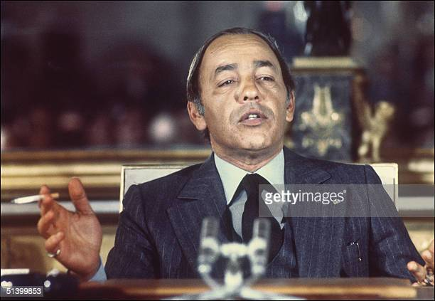 King Hassan II of Morocco addresses journalists during a press conference in November 1976 in Paris