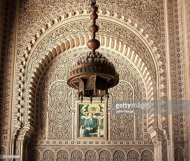 king hassan ii portrait, mahkama du pacha, casablanca, morocco - jake warga stock pictures, royalty-free photos & images