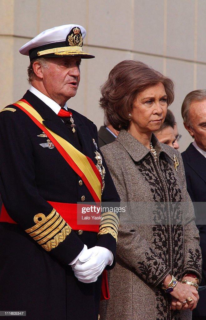 The Spanish Royal Family at the Frigate Juan de Borbon Flag Ceremony : Nieuwsfoto's
