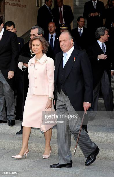 King Juan Carlos and Queen Sofia of Spain attend the 'Cervantes' Literary Award at the Alcala de Henares University on April 23 2008 in Alacala de...