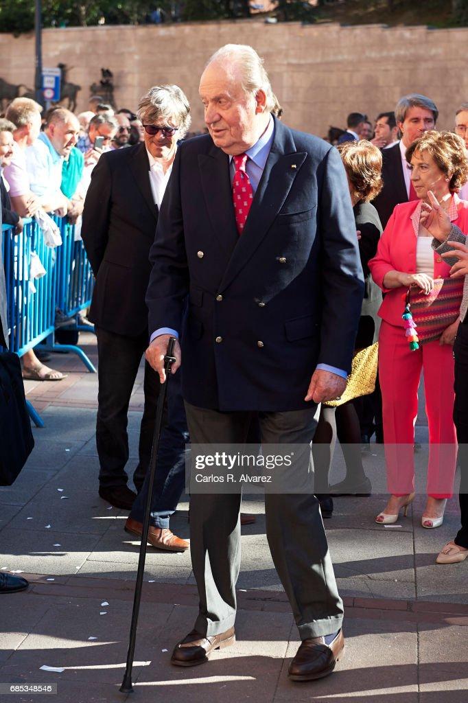 King Juan Carlos attends the 'Press Association' bullfights at the Las Ventas Bullring on May 19, 2017 in Madrid, Spain.