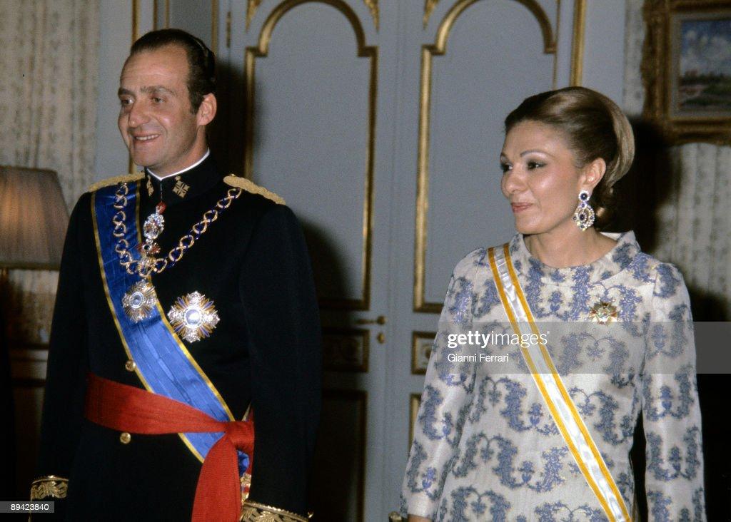 King Juan Carlos I and Farah Diba in 1978. : News Photo