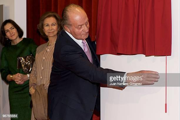 King Juan Carlos I of Spain attends the inauguration of the 'Vivero industrial de empresas de la camara de comercio' on January 13, 2010 in Avila,...