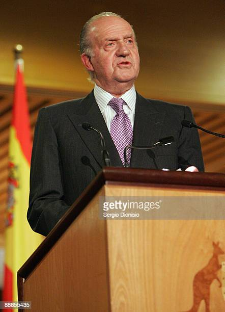 King Juan Carlos I speaks during a reception at Parliament House as part of their 3 day State visit to Australia on June 24 2009 in...