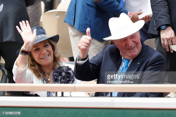 King Juan Carlos of Spain and Princess Elena of Spain attend the 2019 French Tennis Open - Day Fifteen at Roland Garros on June 09, 2019 in Paris,...